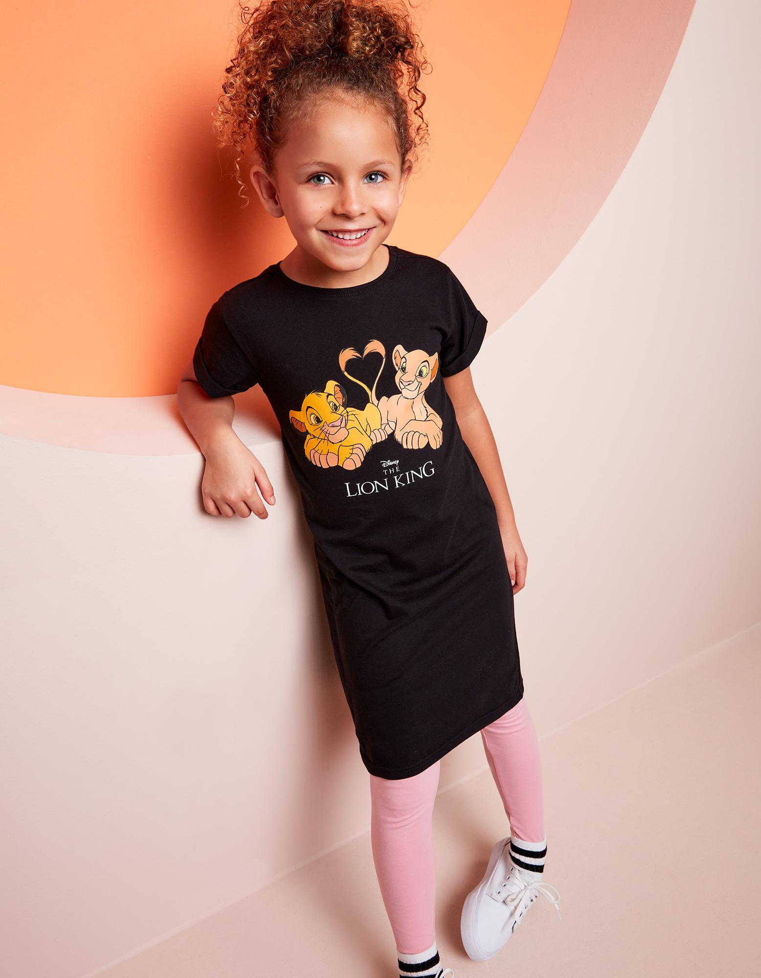 Mädchen T Shirt mit König der Löwen Print